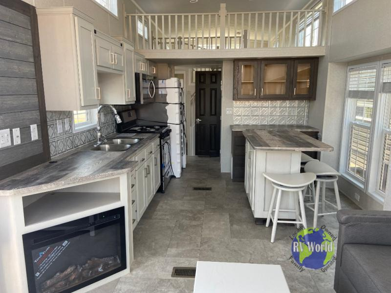 Fairmont Country Manor Park Model Review 2 Must See Floorplans For Your Tiny Home Rv World Mn Blog